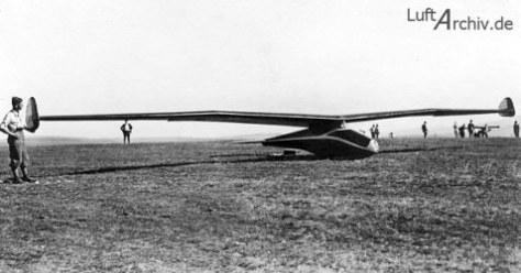 1933: Aka Flug Stuttgart F-1 Fledermaus, design Willy Fiedler
